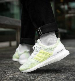 Sepatu Adidas Ultra Boost Clima