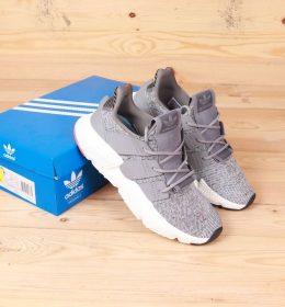 Sepatu Adidas Prophere