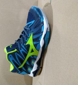 Sepatu Mizuno Wave Tornado X-2