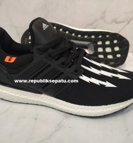 Sepatu Adidas Ultra Boost Neighborhood