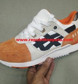 Sepatu Asics Gel Lyte III Koi