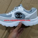Sepatu Gucci untuk Wanita