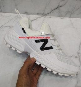 Sepatu New Balance 574 Terbaru