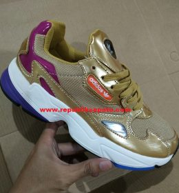 Sneakers Adidas Falcon for Women