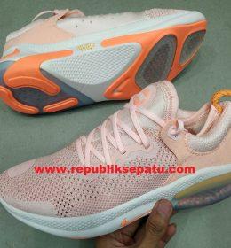 Sepatu Nike Joyride Run Cewek