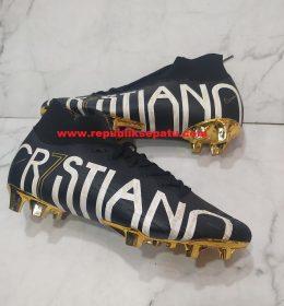 Sepatu Sepakbola Nike Mercurial Superfly CR7